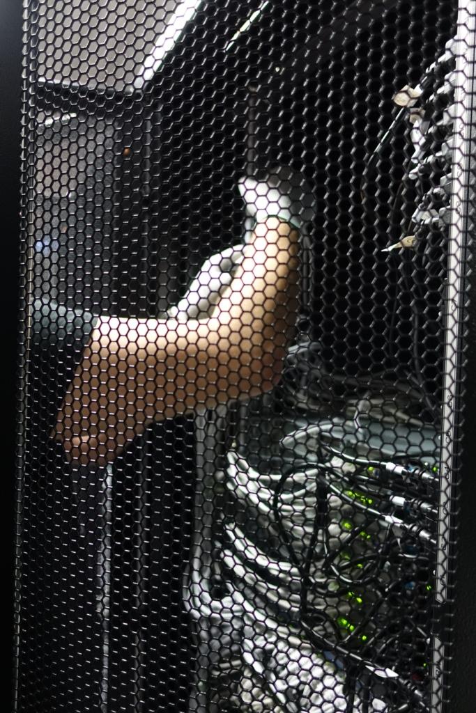 Serverių įrengimas iš arti